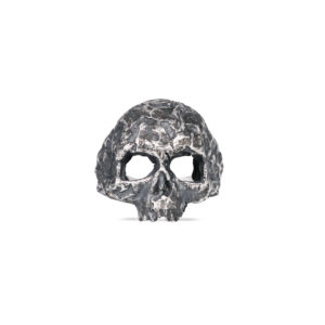 Ecate - Skull shaped silver ring by Rawsen