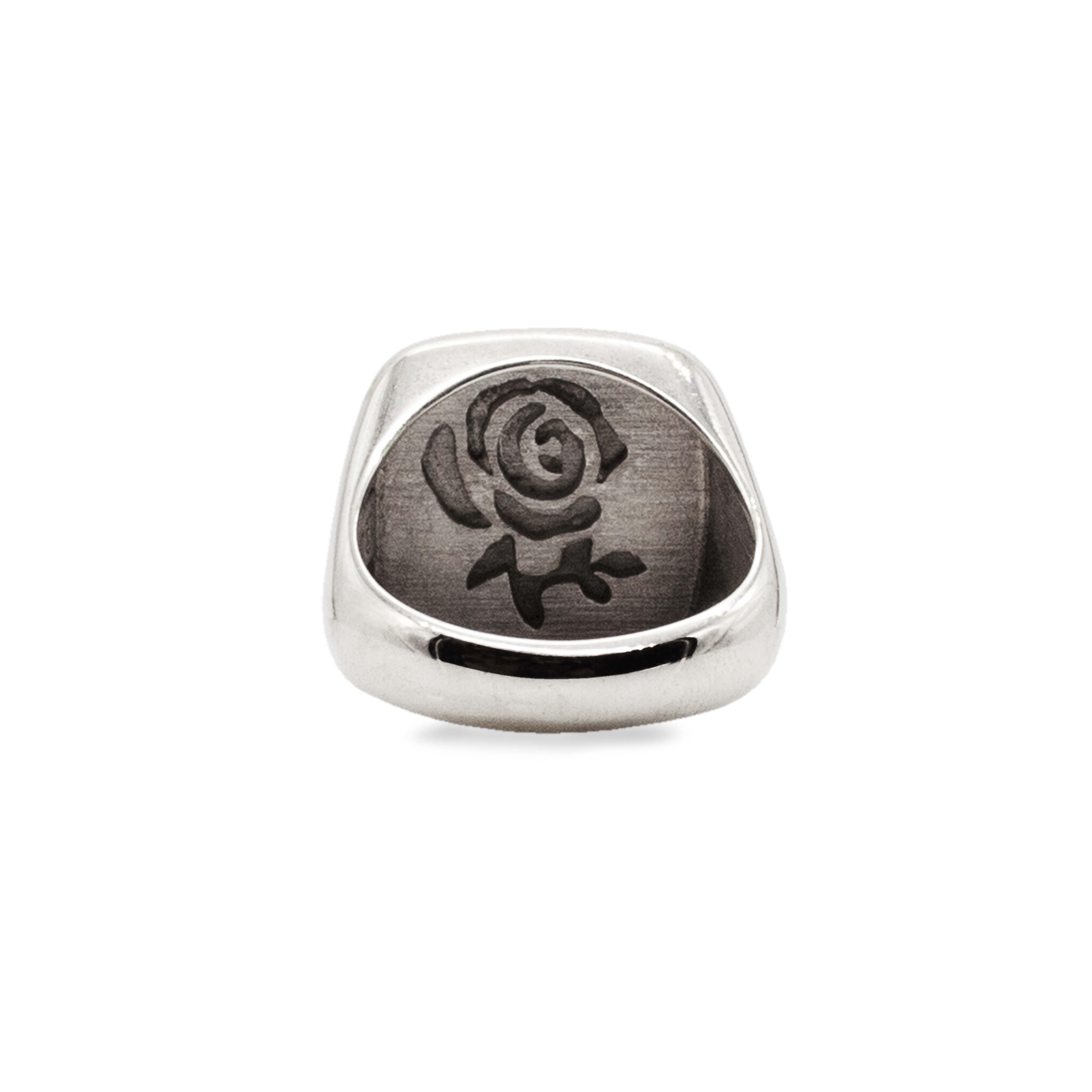 Emera, Anello in argento personalizzabile con iniziale