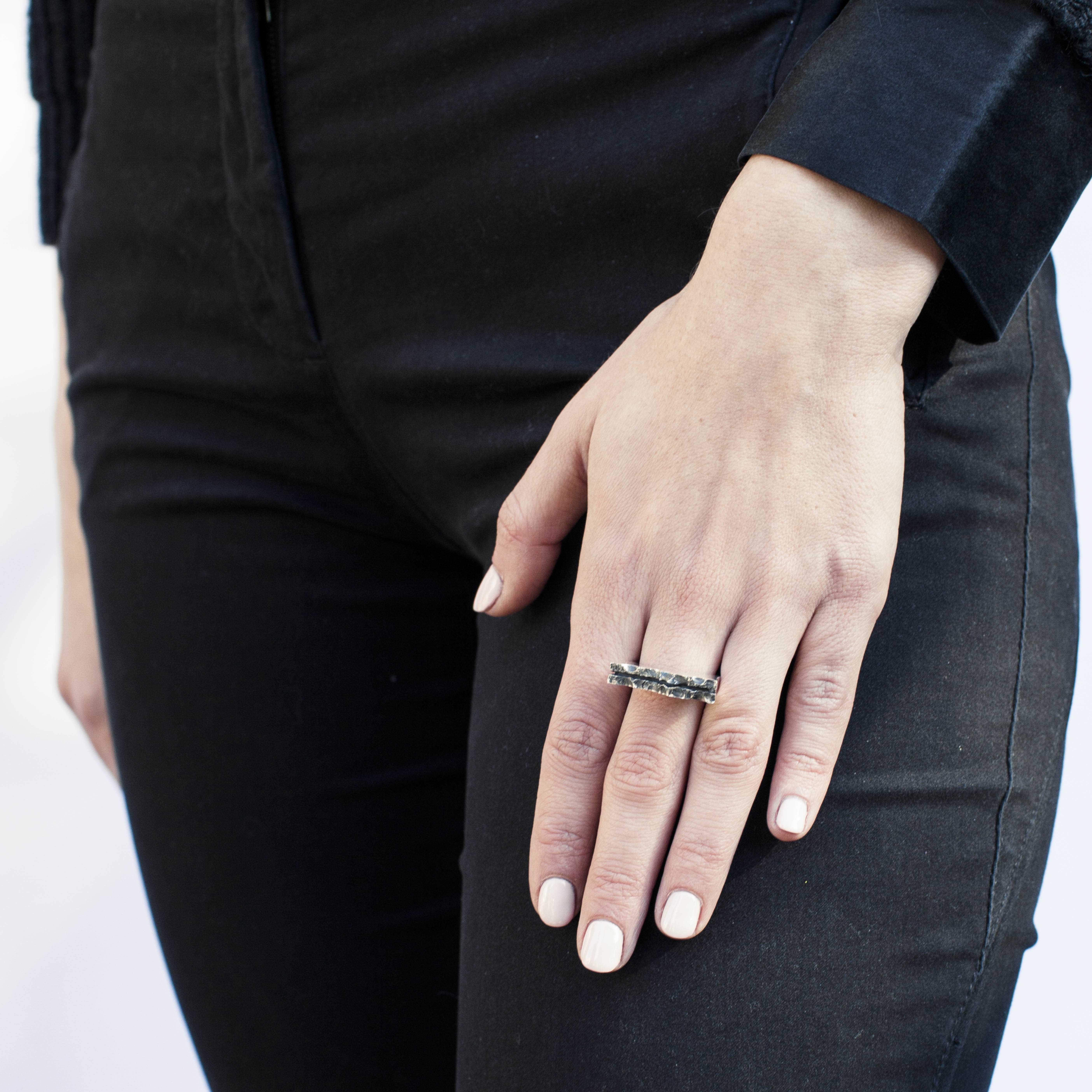 anello in argento geometrico rawsen