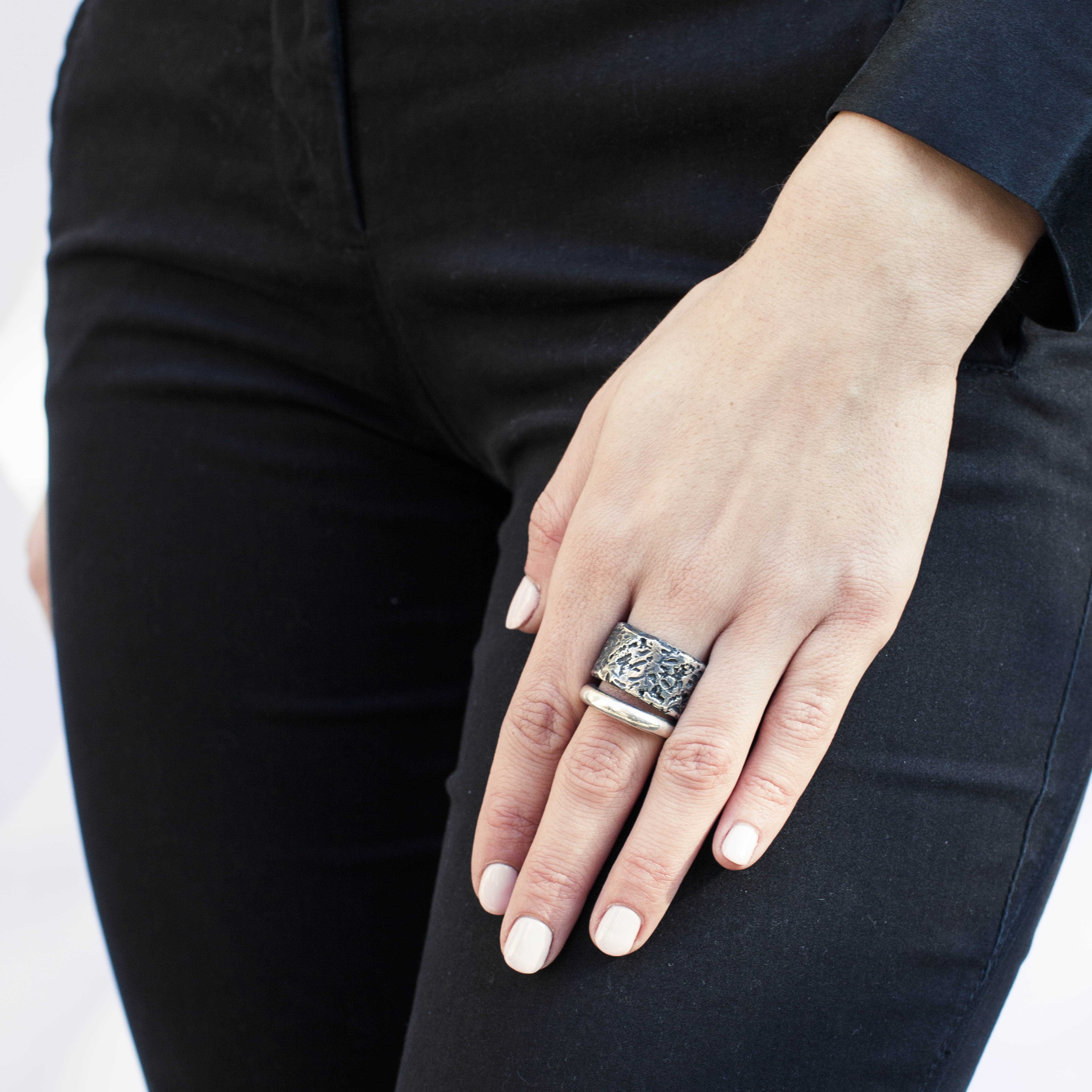 anello doppia fascia in argento rawsen