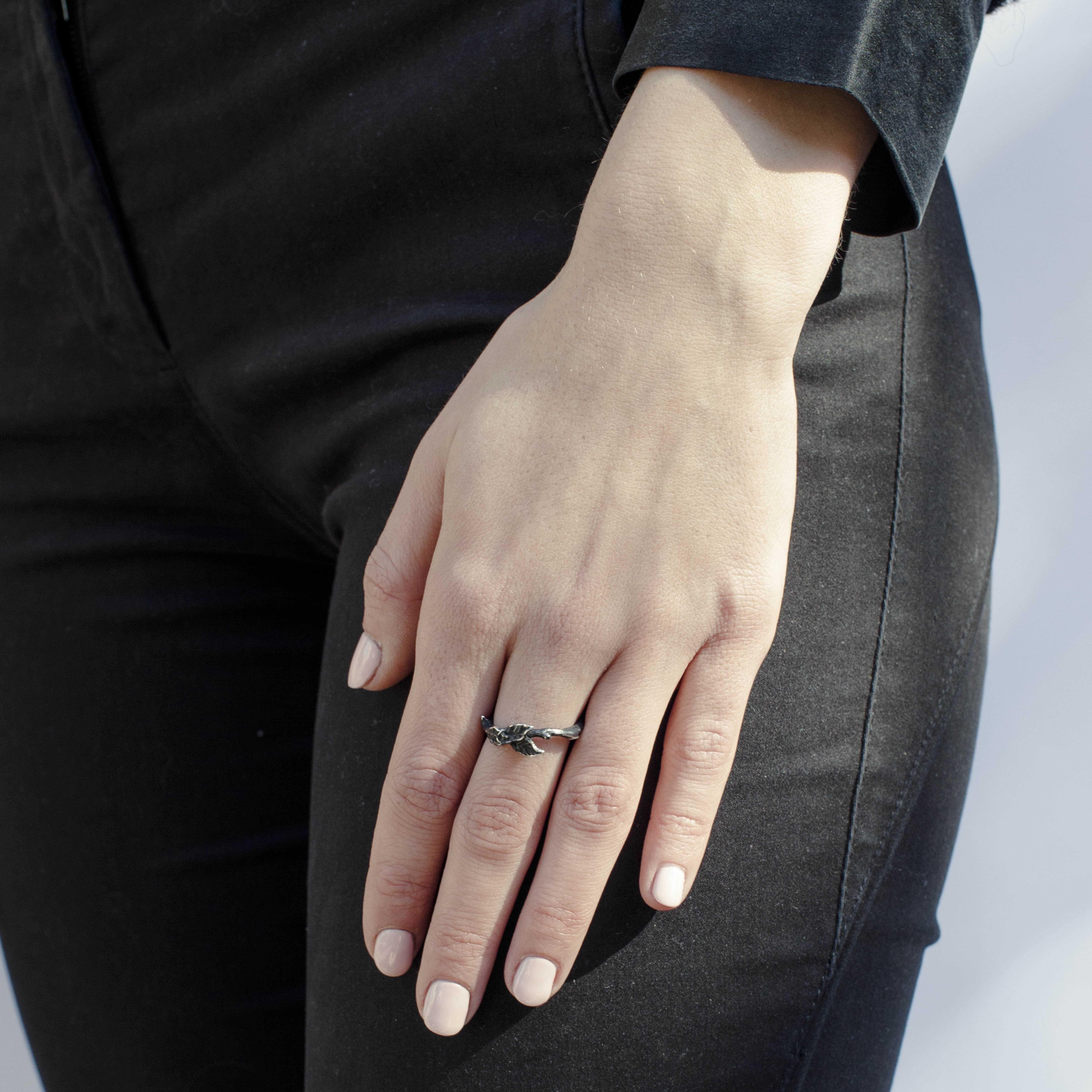 anello foglia in argento rawsen