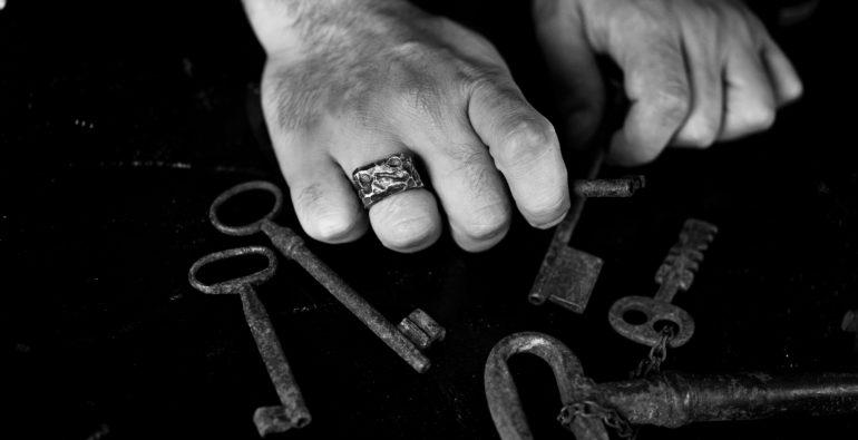 Rawsen - Come scegliere i giusti anelli da uomo